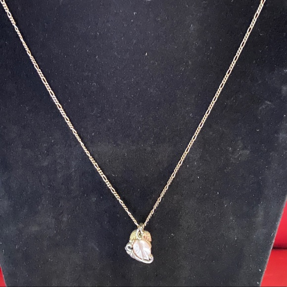 Jewelry - Mother of Pearl Sterling Rose Gold Pendant Chain